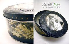 """Vintage love"" (Metallic round jewelry box)"