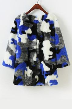 The furry coat featuring camouflage pattern. Round neck. 3/4 sleeve. Open front.