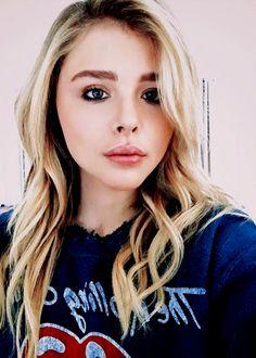 Chloe grace Moretnz
