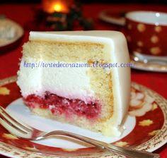 Farcire una torta con la tecnica dello svuotamento.