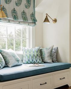 27 Ideas bedroom window seat curtains bench cushions for 2019 Window Seat Curtains, Window Seat Cushions, Diy Curtains, Bedroom Curtains, White Curtains, Bench Cushions, Window Blinds, Window Shutters, Bedroom Windows