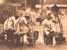 Semarang in the old days - Ice Vendors