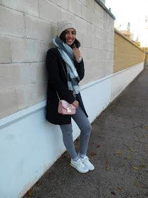 Look of the day, look, outfit, winter, coat, scarf, plaid, Grey, Pink bag, Blogger ,Fashion , girl