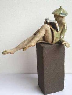 Name: Ballet Clown Artist: Grete Ryberg Høgh Gallery: Kunstsamlingen Height: 20 cm Width: 10 cm Price: 1000 kr. #kunstsamlingen #kunst #artcollection #art #painting #maleri #galleri #gallery #onlinegallery #onlinegalleri #kunstner #artist #danishartists #claysculpture #clay #sculpture #greteryberghøgh