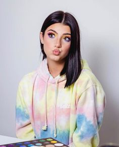 want disney plus tik tok Beautiful Girl Image, The Most Beautiful Girl, Girl Celebrities, Celebs, Photo Trop Belle, Dance Tutorial, Ft Tumblr, Celebrity Makeup Looks, Famous Girls