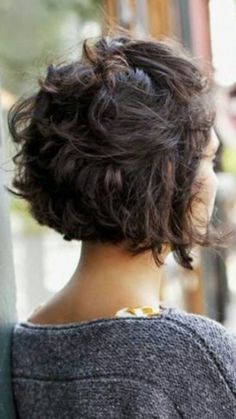 80 Bob Hairstyles To Give You All The Short Hair Inspiration - Hairstyles Trends Medium Thin Hair, Short Wavy Hair, Curly Hair Cuts, Medium Hair Styles, Curly Hair Styles, Thick Hair, Oval Face Hairstyles, Curly Bob Hairstyles, Relaxed Hairstyles