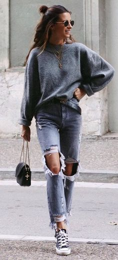 what to wear with ripped jeans : sweater + bag + converse