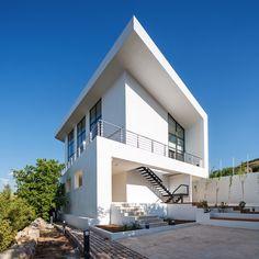 Villa R01 / IDA Studio
