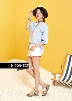 YoonA showed off her summer fashion with 'H:CONNECT'.She's the model for the clothing brand, and she showed off its summer line to showcase t… Girls Generation, Girls 4, Kpop Girls, South Korean Girls, Korean Girl Groups, Best Photo Poses, Yoona Snsd, Idole, Girl Day