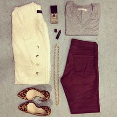 burgundy jeans + grey tee + white tweed (or boucle) blazer + leopard shoes