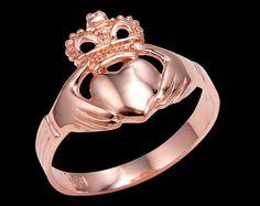 39a238aaf936 Anillo color de rosa anillos Claddagh oro - oro tradicional Claddagh. Anillo  de promesa.
