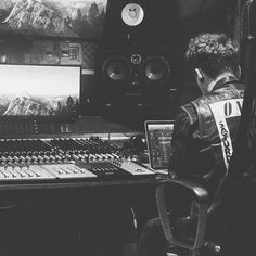"Conor Maynard (@conormaynard) on Instagram: """" Youtubers, Monster Trucks, Photo And Video, Concert, Beautiful, Instagram, Design, Women, Videos"