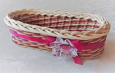 Pedigmania / Košíček RUŽOVÝ VTÁČIK Wicker Baskets, Home Decor, Homemade Home Decor, Decoration Home, Woven Baskets, Interior Decorating
