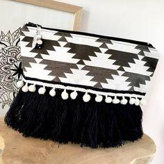Pochette femmestyle bohème noir et écrumotif Ethnique