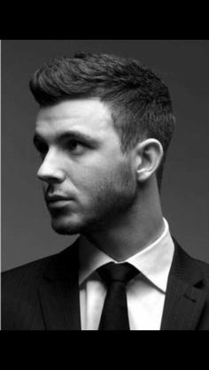 The men's short hairstyles 2015 are the best options for working guys. The men's short hairstyles 2015 are the best options for working guys. Top Hairstyles For Men, Short Hairstyles 2015, Faux Hawk Hairstyles, Classy Hairstyles, Undercut Hairstyles, Hairstyles Haircuts, Haircuts For Men, Hair Undercut, Hairstyle Short