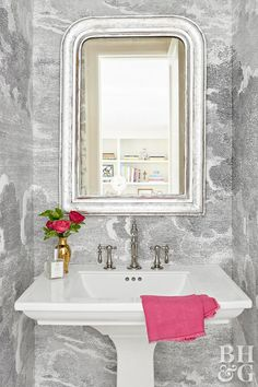 my master bathrrom - All-white walls may be a blank canvas, but in the hands of texture-loving, pattern-playing, antiques-collecting Paloma Contreras, they're anything but boring. Bathroom Wallpaper Trends, Trendy Wallpaper, Of Wallpaper, Pattern Wallpaper, Modern White Bathroom, Zen Bathroom, Bathroom Ideas, Bathrooms, Bathroom Plans