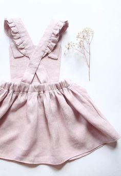 Handmade Linen Pinafore Dress  | BloomingKiwi on Etsy #KidsFashion