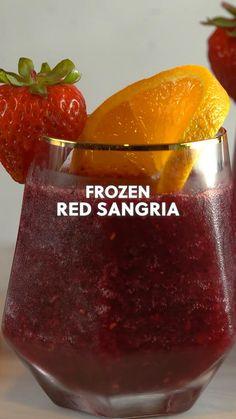 Fruity Drinks, Fancy Drinks, Dessert Drinks, Cocktail Drinks, Healthy Drinks, Alcoholic Drinks, Desserts, Mixed Drinks Alcohol, Alcohol Drink Recipes