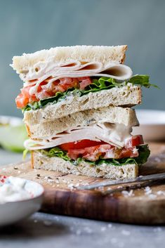 Creamy mayo flavoured with pickled jalape�os elevates an everyday smoked chicken sandwich and turns your boring lunch into something to look forward to. #sandwich #chicken #easyrecipe #easylunch #afterschool #snack