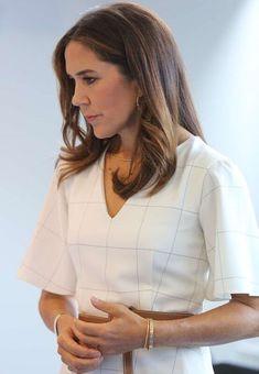 Prince Frederick, Queen Margrethe Ii, Prince Daniel, Danish Royals, Crown Princess Mary, International School, Mary Elizabeth, Royal Fashion, How To Wear
