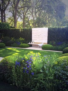 Chelsea 2014: The Telegraph garden Tommaso del Buono and Paul Gazerwitz, so beautiful and peaceful.
