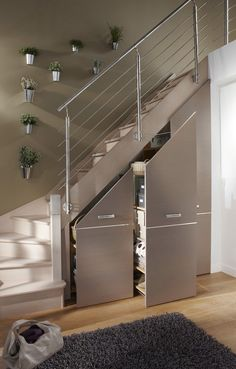 Often wasted, the available space (Ideas on How To Use Under Stairs as Saving Storage) below the stairs is synonymous with square meters in our favor. Staircase Storage, Stair Storage, Staircase Design, Diy Storage Under Stairs, Small Staircase, Basement Storage, House Stairs, Stairs To Loft, Basement Stairs