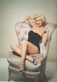 MARILYN.| Always in style | marilyn monroe | nyrockphotogirl ✯2015 ❤✿ڿڰۣ Marilyn ✯ ♥~♥~ #ICON.. #OLD #HOLLYWOOD