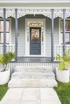 37 ideas for blue grey front door colors white trim Colourbond Colours, House Exterior, Weatherboard House, House Paint Exterior, House Painting, House Colors, Cottage Exterior, Gray Front Door Colors, Colour Schemes