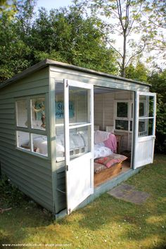 Evening Shed, Unexpected from Sutton surrey owned by Valerie Wood Backyard Studio, Backyard Sheds, Backyard Office, Summer House Garden, Home And Garden, Summer Houses, Sutton Surrey, Summer House Interiors, Shed Of The Year