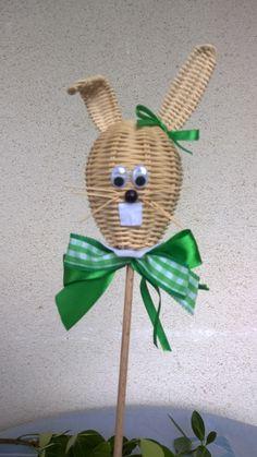zápich do kvetináča - pletenie z papiera