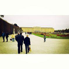 Grannies in Schönbrunn! Vienna, Dolores Park, Couples, Instagram Posts, Travel, Viajes, Couple, Destinations, Traveling