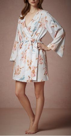 Super cute 'getting ready' robes - for the bridal party / Plum Pretty Sugar