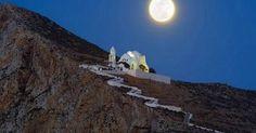 Οι ομορφότερες εκκλησίες της Παναγίας στο Αιγαίο (φωτό)