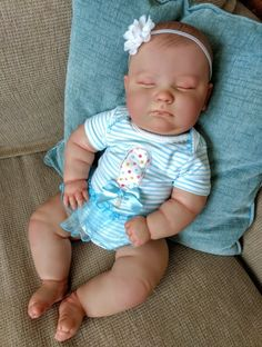 Joseph By Jody Gatto - Reborns.com Bb Reborn, Reborn Baby Girl, Reborn Dolls, Reborn Babies, Cute Baby Dolls, Newborn Baby Dolls, Cute Babies, 3 Month Old Baby, 3rd Baby