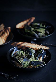 Steamed Mussels With White Wine Cilantro Pesto Sauce www.pineappleandcoconut.com by PineappleAndCoconut, via Flickr