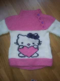 Osloanorakk med Hello Kitty Baby Knitting, Crocheting, Free Pattern, Hello Kitty, Diy And Crafts, Projects To Try, Creations, Sweaters, Fashion