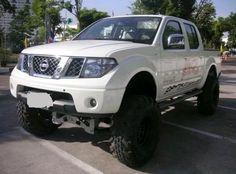 Nissan Navara 4x4, Nissan 4x4, Nissan Trucks, Suv Trucks, Navara Tuning, Frontier Truck, Navara D40, Color Tattoos, Nissan Pathfinder