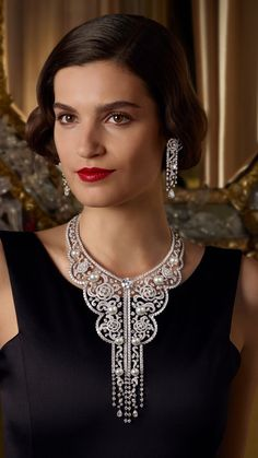 Discover the Paris Russe de CHANEL collection; High Jewelry pieces inspired by the Russian influences of Gabrielle Chanel : The Frienships, the Maison, the Muses and the Lovers. Chanel Jewelry, Fashion Jewelry, Style Russe, Russian Embroidery, Parisian Chic Style, High Jewelry, Jewellery, Women's Jewelry, Luxury Jewelry