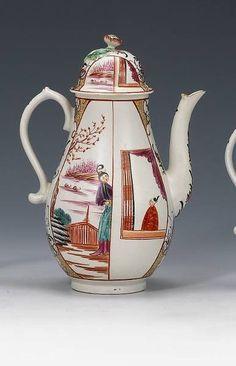 A Worcester coffee pot and cover - circa 1770-75