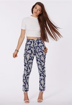 Alexandra Leaf Print Tapered Trousers Blue - Trousers – Missguided | Ireland