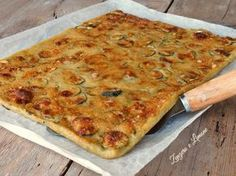 Italian food varies greatly throughout Italy and pairing down Italian food to just the fifteen or so dishes that can be found at Italian food restaurants Italian Recipes, Vegan Recipes, Cooking Recipes, Italian Dinners, Italian Pasta, Pain Pizza, My Favorite Food, Favorite Recipes, Yummy Food