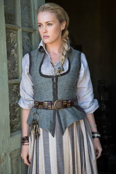 starz black sails | meet the sexy pirates of black sails in brand new images launch ...