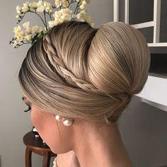 #equipejanainamendes #penteados #penteadosx#coque#penteadosdivos #penteadosdivas #penteadodenoiva #penteadodeluxo #hairdo#style#beauty #instahair#instastyle