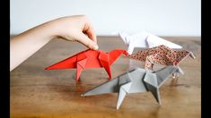 Dinosaure en origami Origami, Crafts For Kids, Make It Yourself, Activities, Dinosaurs, Kids Arts And Crafts, Paper Folding, Kid Crafts, Craft Kids