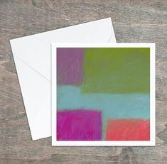 Carte de vœux, dessin abstrait original, rose corail vert bleu, 5,25x5,25, intérieur blanc. Carton satiné, grande qualité, enveloppe. Polaroid Film, Coral Pink, Custom Map, Greeting Cards, Envelope, Originals, Impressionism, Graphic Design
