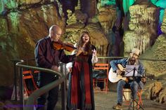Grotte de la Salamandre concert Trio Haryana 25 Juillet 2014, musique Tzigane. Photo Elsa Schnebellen