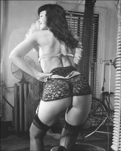 I love discovering photos of Bettie Page I've never seen before. nickdrake: Bettie Page.