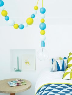 DIY: A couple of wooden balls + paint + electric wire + lamp = ready! Diy Luz, Deco Kids, Beautiful Interior Design, Home Bedroom, Decoration, Color Inspiration, Home And Living, Modern Decor, Interior Decorating
