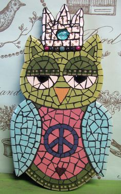 Peace mosaic owl queen..so cute...