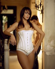 Corset Satin V176u Vollers Corsage: http://www.korsett-corsage.net/product_info.php/products_id/879/language/en